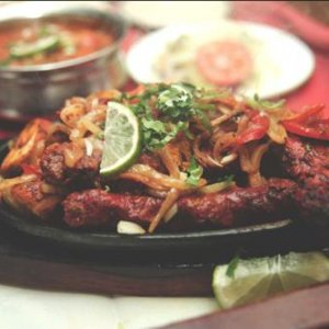 city-spice-mixed-tandoori-with-balti-curry