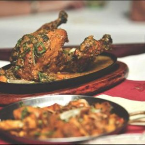 murgh-mossala-and-balti-curry-dishes